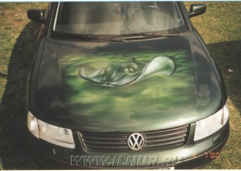 «Скат с непонятным выражением лица» аэрография на VW  2000 г.