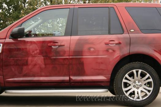 «2 портрета» аэрография на Land Rover Freelander 2008 г.