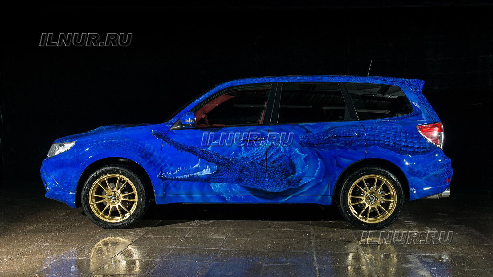 аэрография на авто Subaru Forester tS  «Синие крокодилы»