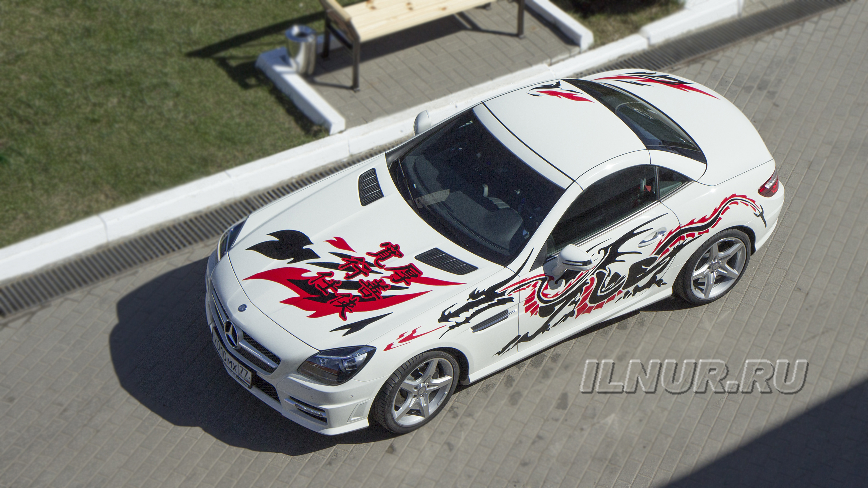 Виниловая аппликация на Mercedes SLK