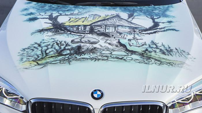 BMW X6 аэрография «Баба Мора»