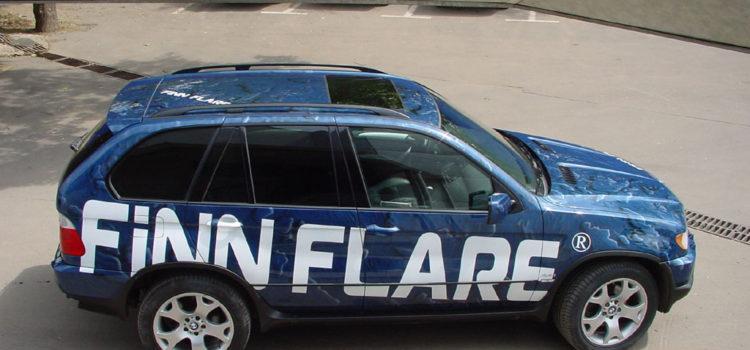 «Finn flare» аэрография на синем BMW X5 2002 г.